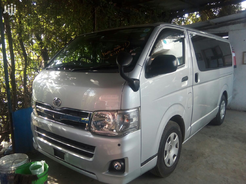 Archive: Toyota HiAce 2012 Silver