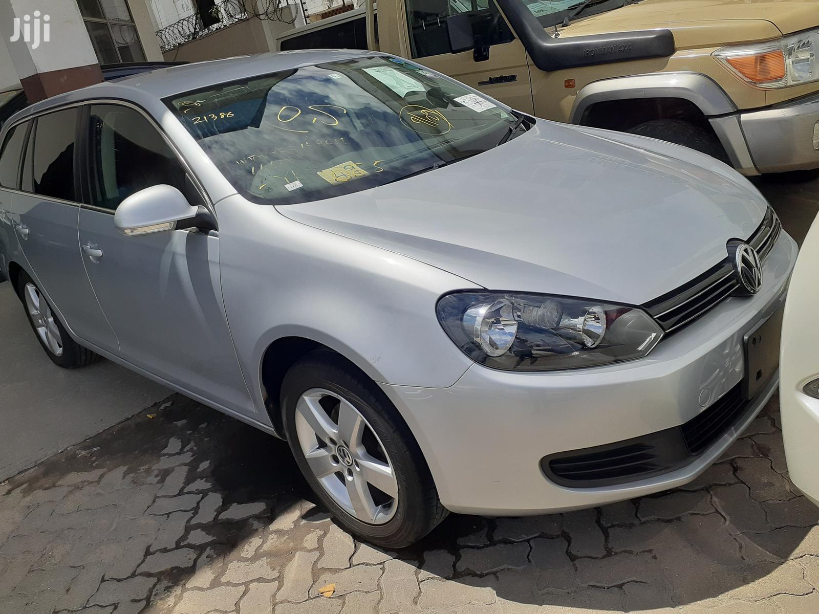 Archive: New Volkswagen Golf 2013 Silver