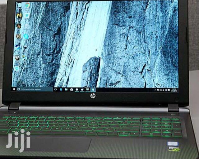 New Laptop HP Pavilion 15 8GB Intel Core i7 HDD 1T