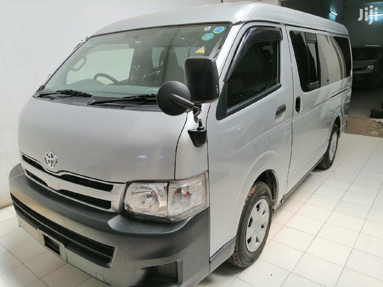 Toyota HiAce 2012 Silver