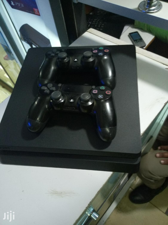 Archive: Playstation 4 Slim