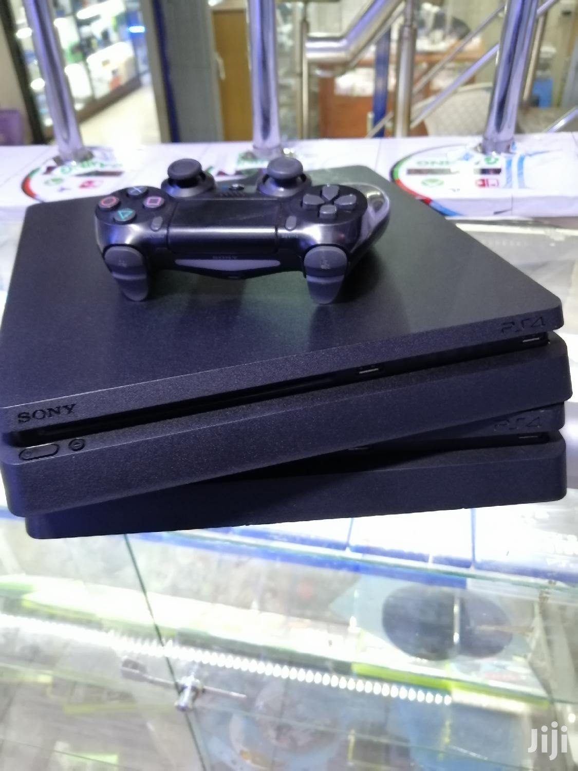 Archive: Playstation 4 Console