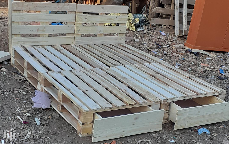 Pallet Bed/5by6 Pallet Bed/Pallet Furniture | Furniture for sale in Nairobi Central, Nairobi, Kenya