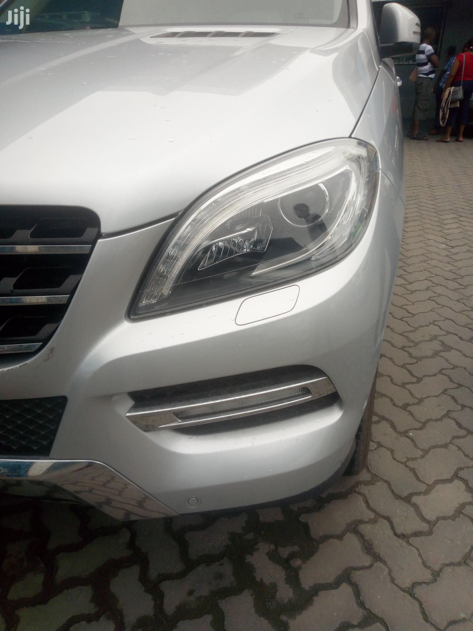 Archive: Mercedes-Benz M Class 2013 White