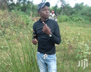 Am Looking For Shamba Boy Job | Housekeeping & Cleaning CVs for sale in Machakos, Athi River